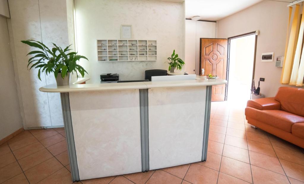 Hotel la maison jolie fiumicino italy booking com