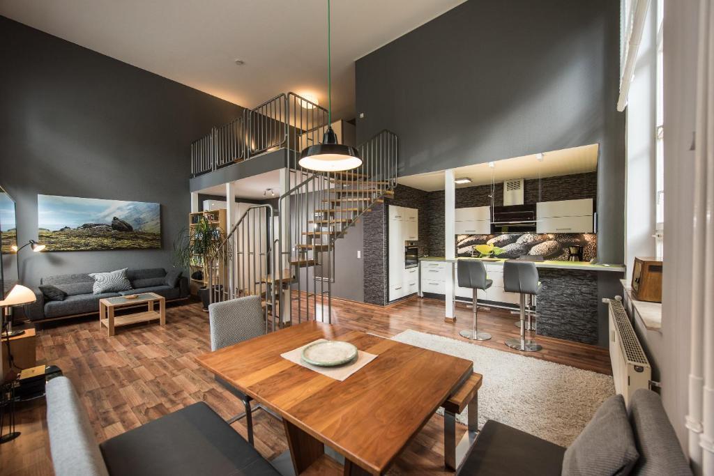 ferienwohnung neu loftwohnung mit sauna natur und. Black Bedroom Furniture Sets. Home Design Ideas