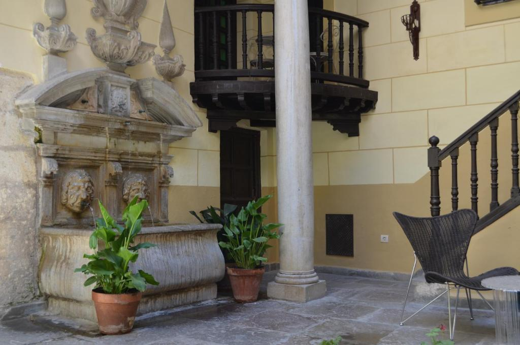 boutique hotels in granada  52