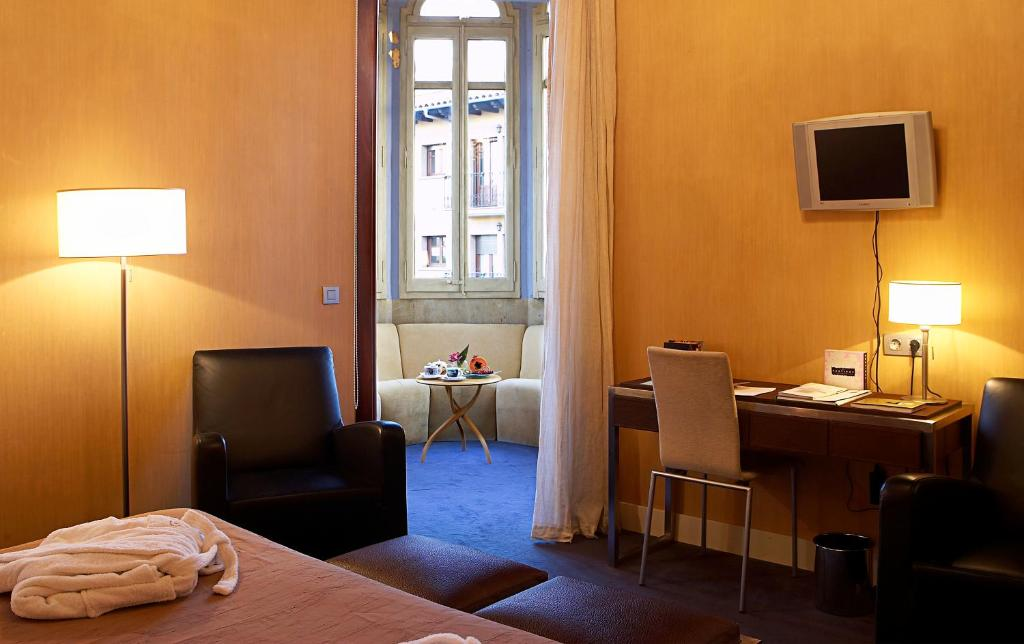 boutique hotels in solsona  33