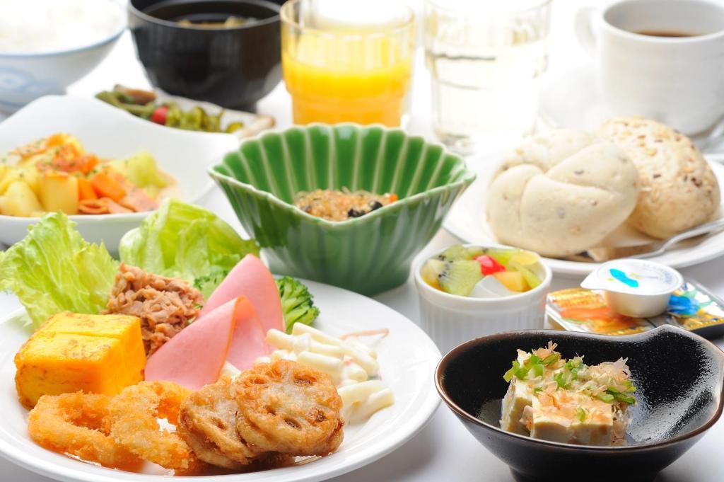 ポイント1.手作り朝食が美味しい!レストラン「花茶屋」