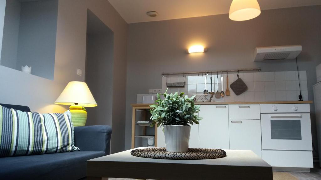 Apartments In Villers-guislain Nord