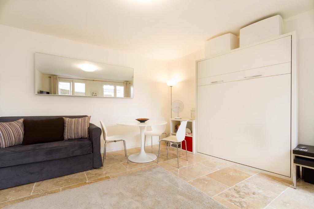 Apartment Onze Studio, Bordeaux, France - Booking.com