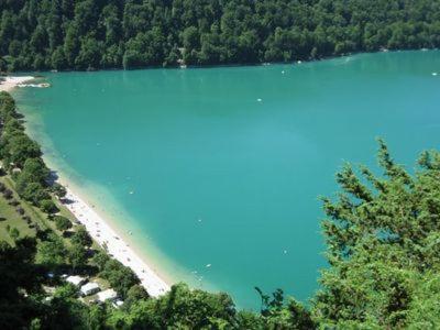 Pemandangan dari udara bagi Les Gites des Hautes Roches