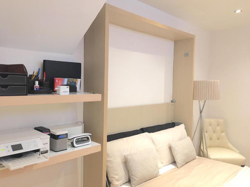 Studio Apartment London westminster studio apartment, london, uk - booking