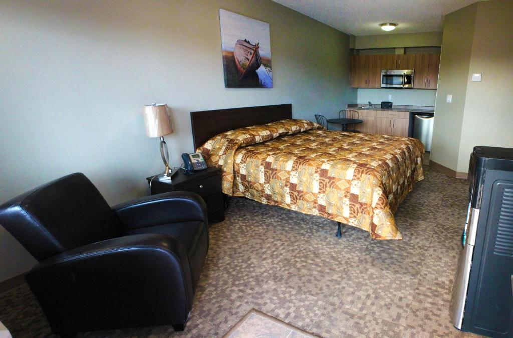 Alberta Beach Inn And Suites Canada Booking Com