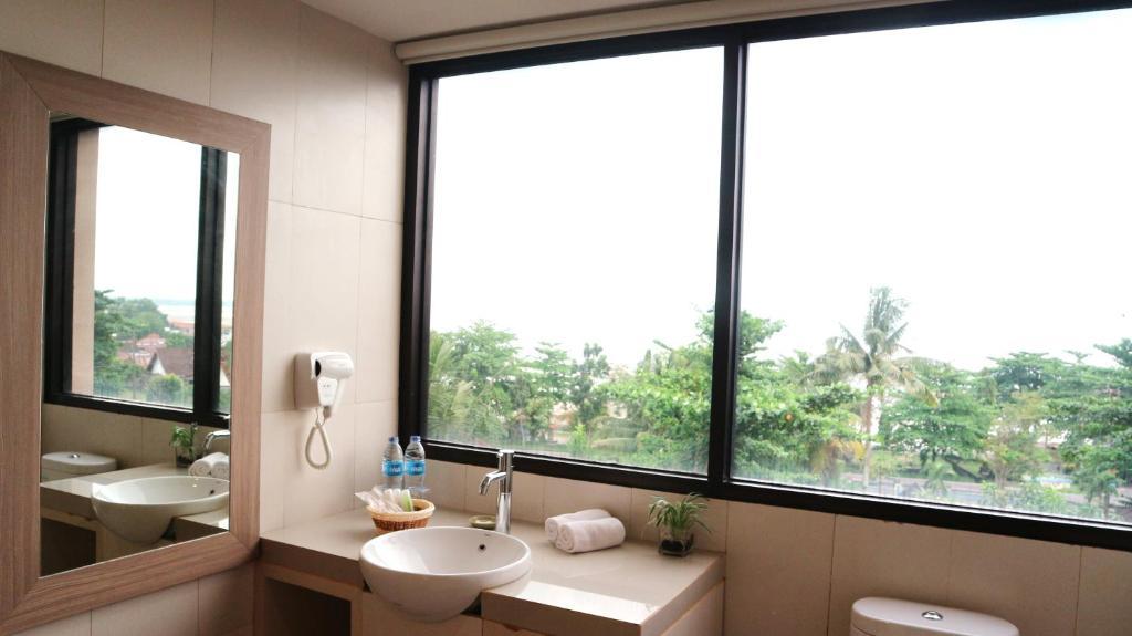 Cek Promo Hotel 102912711 rekomendasi hotel hotel belitung