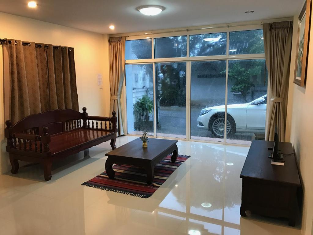 Apartment Krabi Town Sleep 10 With Kitchen, Thailand - Booking.com