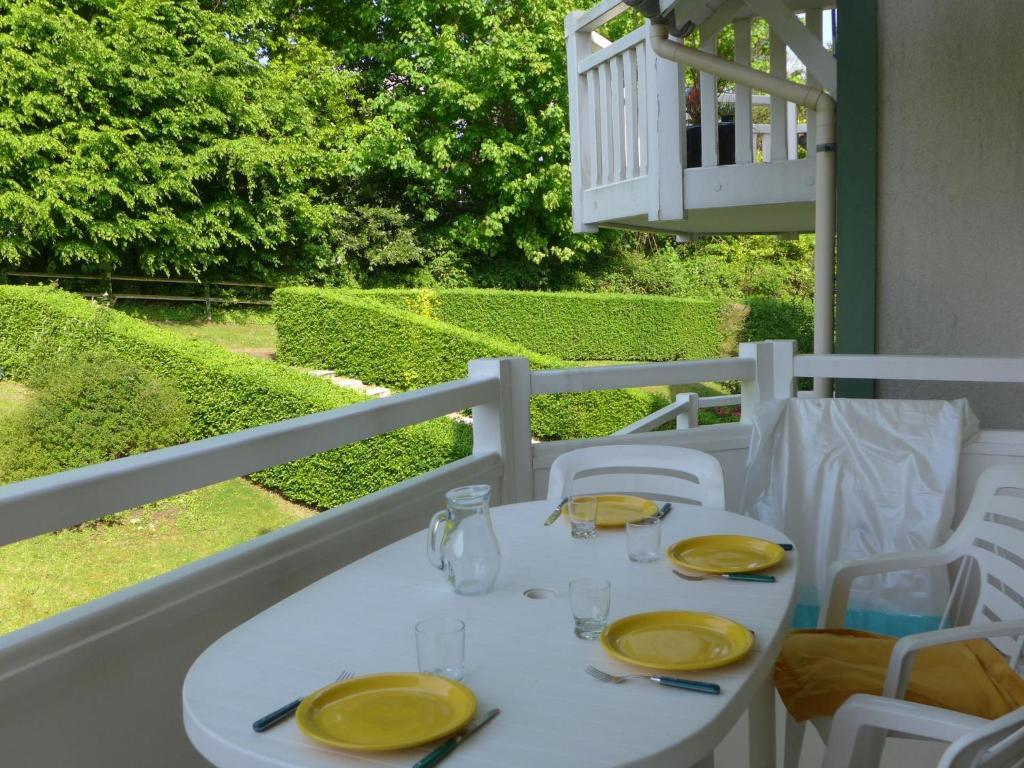 Appartement les jardins cote fleurie france villers sur mer - La cremaillere cote mer et hotel cote jardin ...