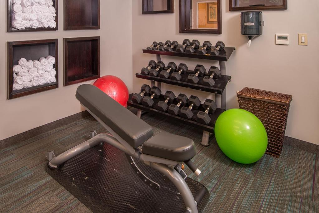 Hotel Courtyard Dulles Town Center, Sterling, VA - Booking.com on