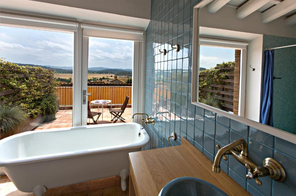 hotels with  charm in casavells  15