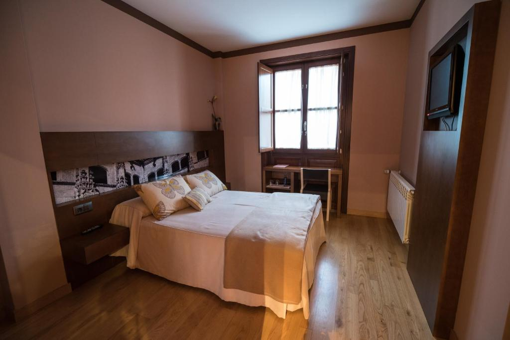boutique hotels in junquera de espadañedo  9