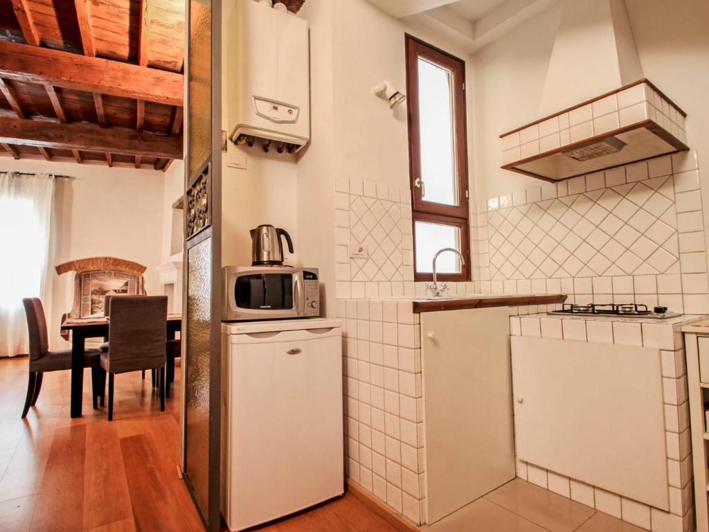Vacation home apt la maison firenze florence italy for B b maison florence