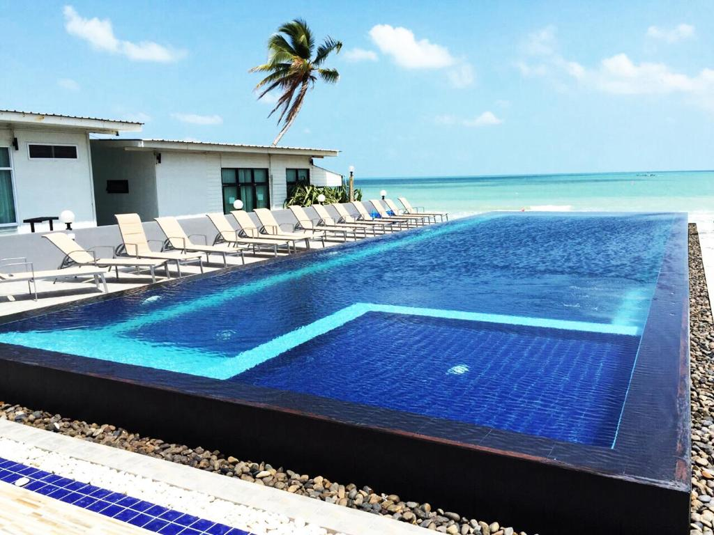 baancivilize resort khanom thailand booking com rh booking com