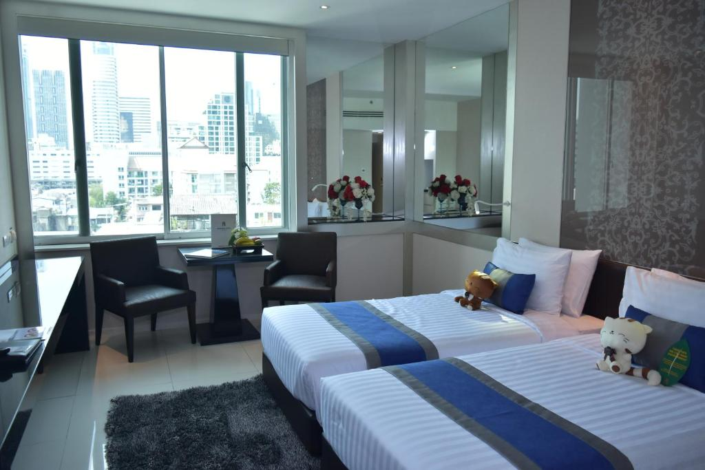 Mandarin Hotel Managed by Centre Point