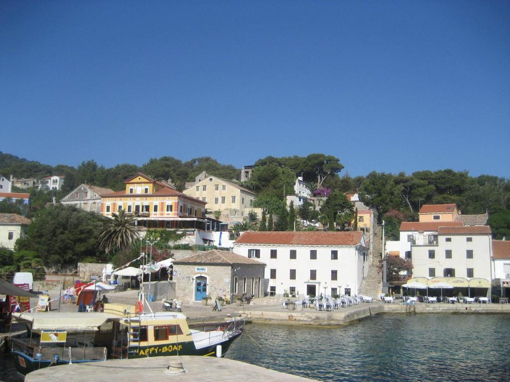 Apartment Mali Losinj 8006b Hotel - room photo 4070937