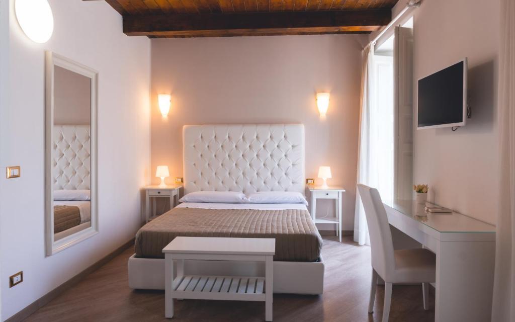 Camere Da Letto Reggio Calabria.Camere Da Letto Offerte Reggio Calabria Joodsecomponisten