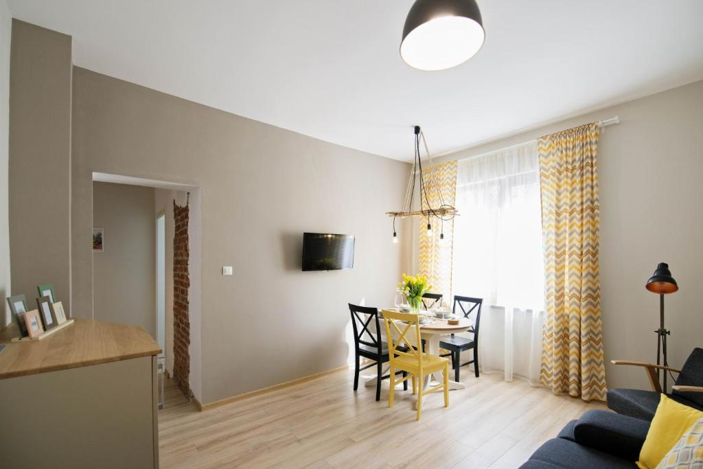 Апартамент Parallel 42,5N - Бургас