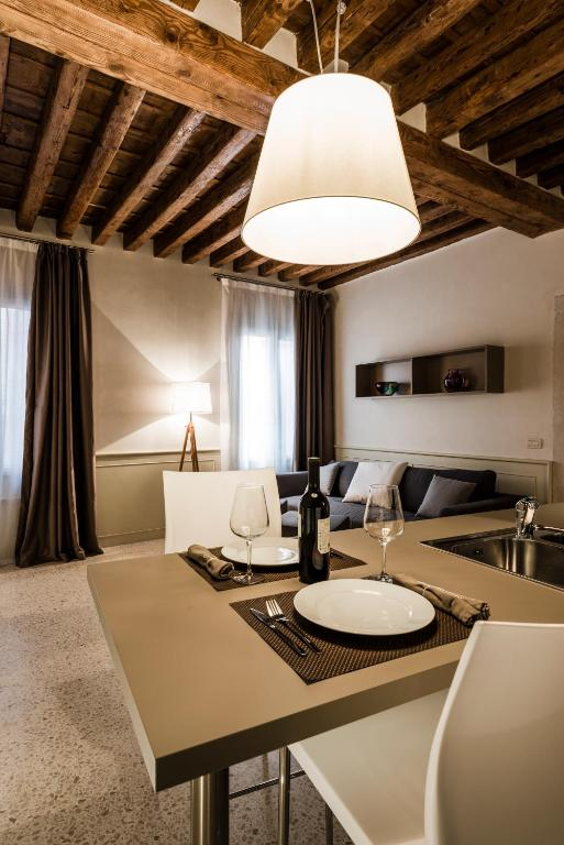 MyPlace Ponte Lion Apartments