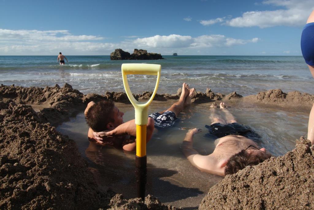 27 pye place hot water beach