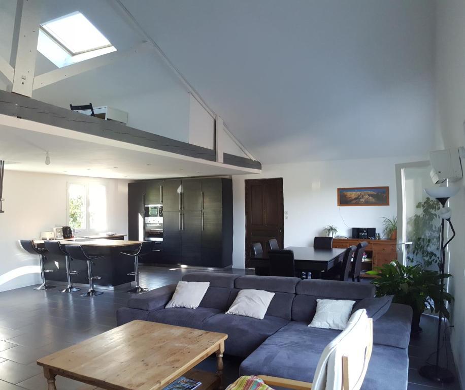 villa st nazaire les eymes france saint nazaire. Black Bedroom Furniture Sets. Home Design Ideas