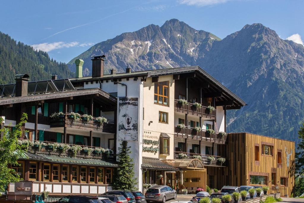 Hotels Hirschegg