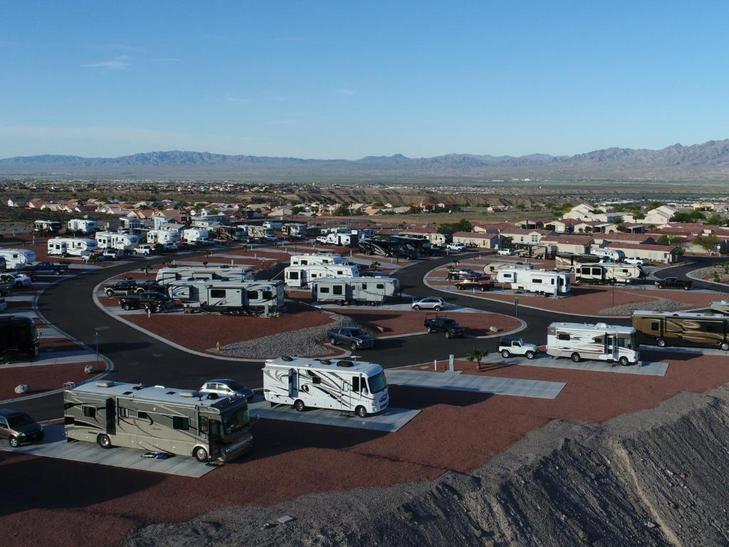 vista del sol rv resort mojave city az booking com offering an outdoor pool vista del sol is a senior rv community located in mojave city 6 8 miles from laughlin kingman is 30 4 miles away