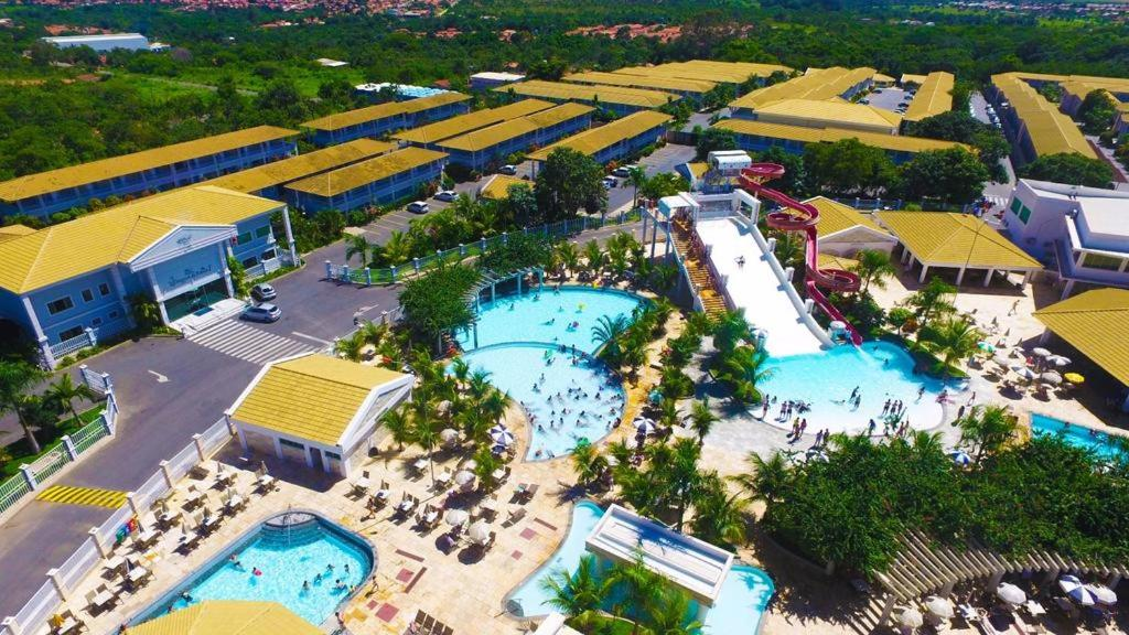 Apartment l 39 acqua diroma jardins acqua park caldas for Via lima 7 roma