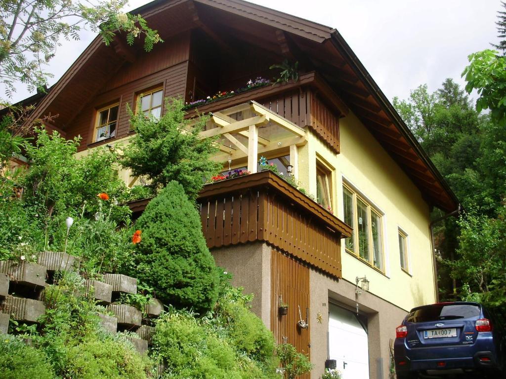 Apartment Haus Ilona, Sankt Michael im Lungau, Austria - Booking.com