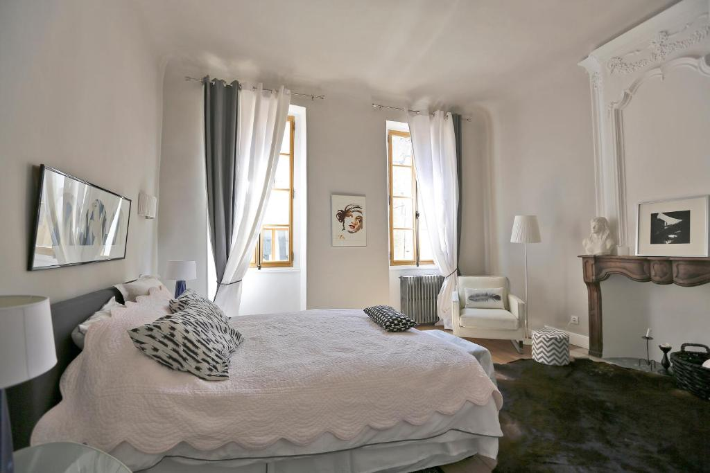 B B Chambres D Hotes Chambre D Hote Centre D Art France Mirabel