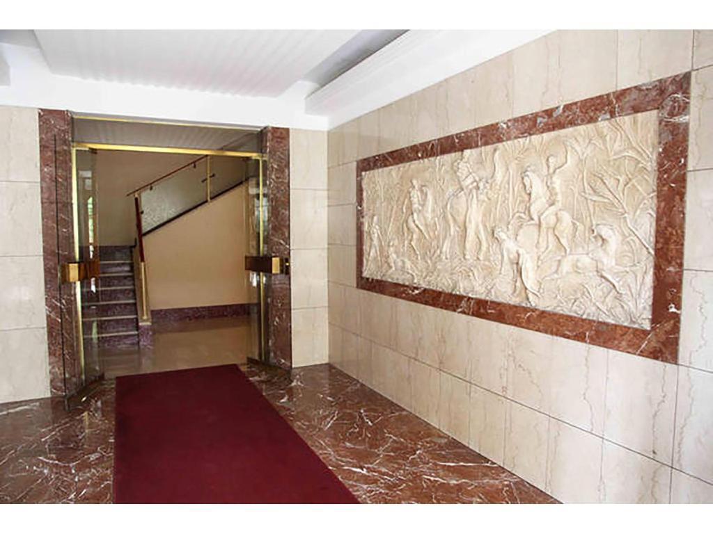 Neon Per Cabina Armadio : Aurelio apartment roma u prezzi aggiornati per il