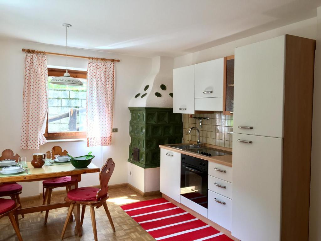 Appartamento Sassleng (Italia Alba di Canazei) - Booking.com
