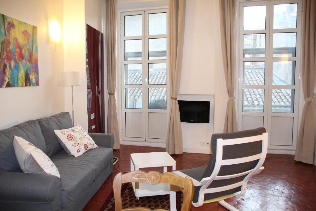 9d608fec1fda le Lubéron, Lourmarin – Updated 2019 Prices