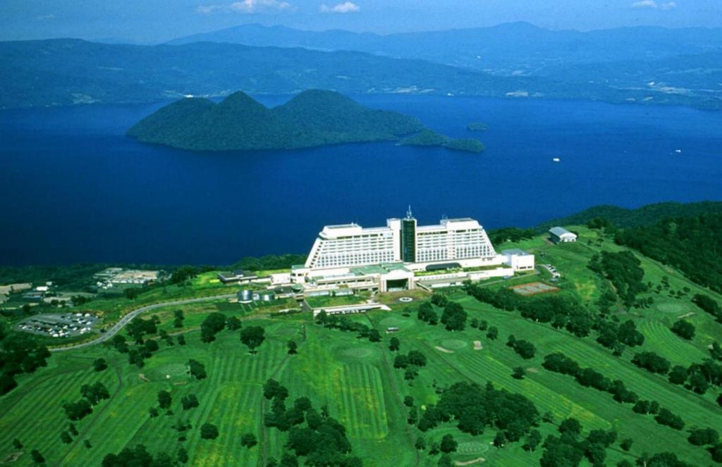 A bird's-eye view of The Windsor Hotel Toya Resort & Spa