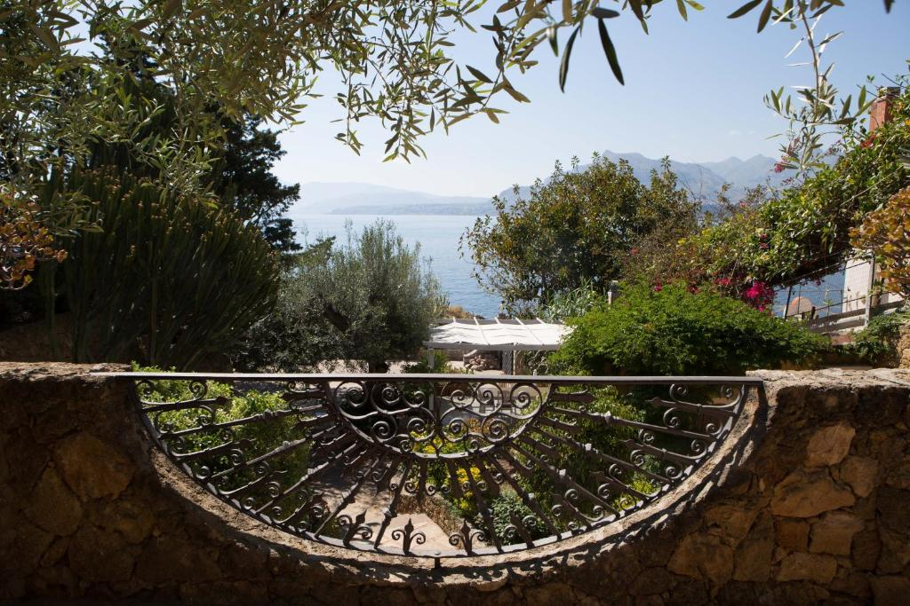 Bed and Breakfast Terrazze sul mare, Santa Flavia, Italy - Booking.com