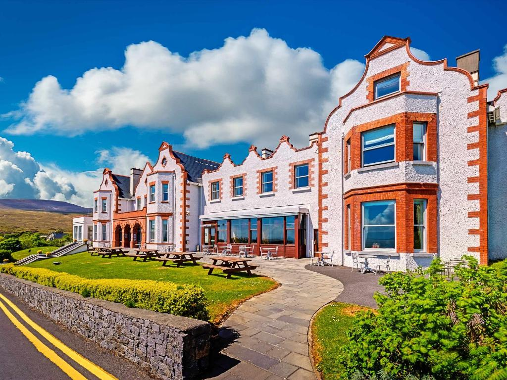 The mulranny park hotel ireland for Westport ireland real estate