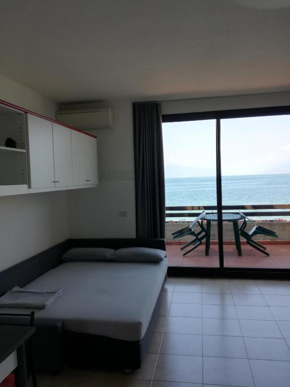 Apartment Viale Tommaso dal Molin, Desenzano del Garda – Updated ...
