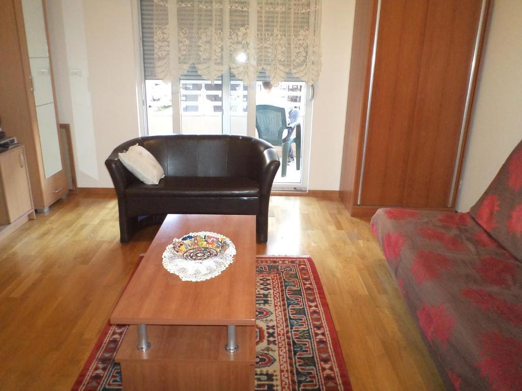 Studio Podgorica Podgorica Montenegro Booking Com # Muebles Vaoli Leon