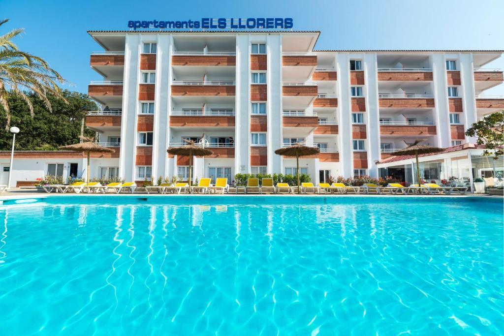 Apartaments els llorers lloret de mar spain for Reservation appart hotel espagne