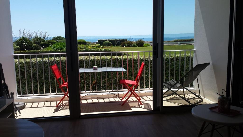 Apartments In Port-haliguen Brittany