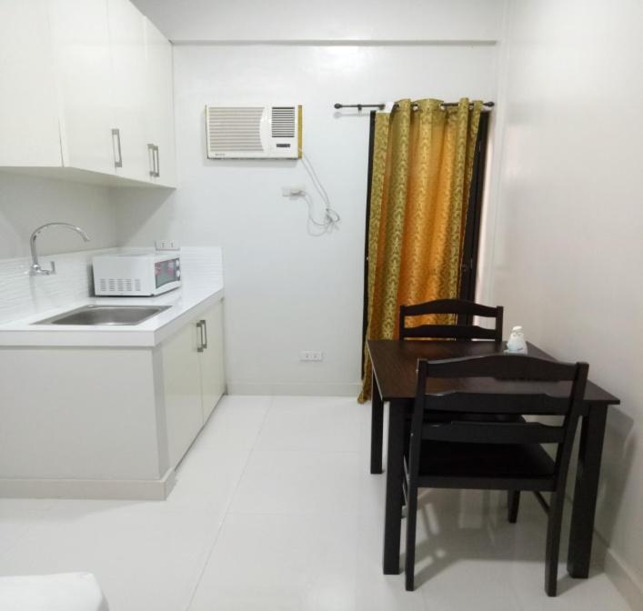 Apartment Blancaflor Room Rental Manila Philippines Bookingcom