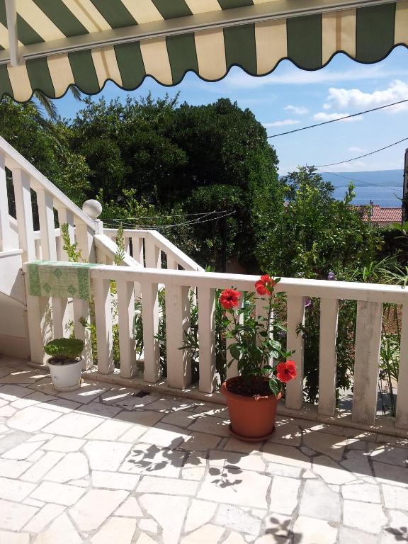 apartment haus mediterrane, bol, croatia - booking, Hause deko