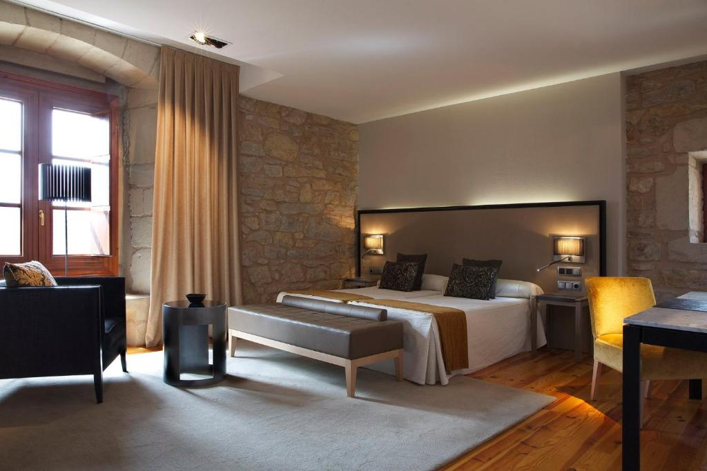boutique hotels in aragon  78