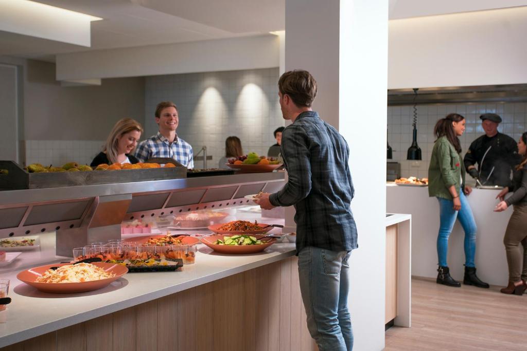 Hotel Preston Palace Almelo Netherlands Bookingcom