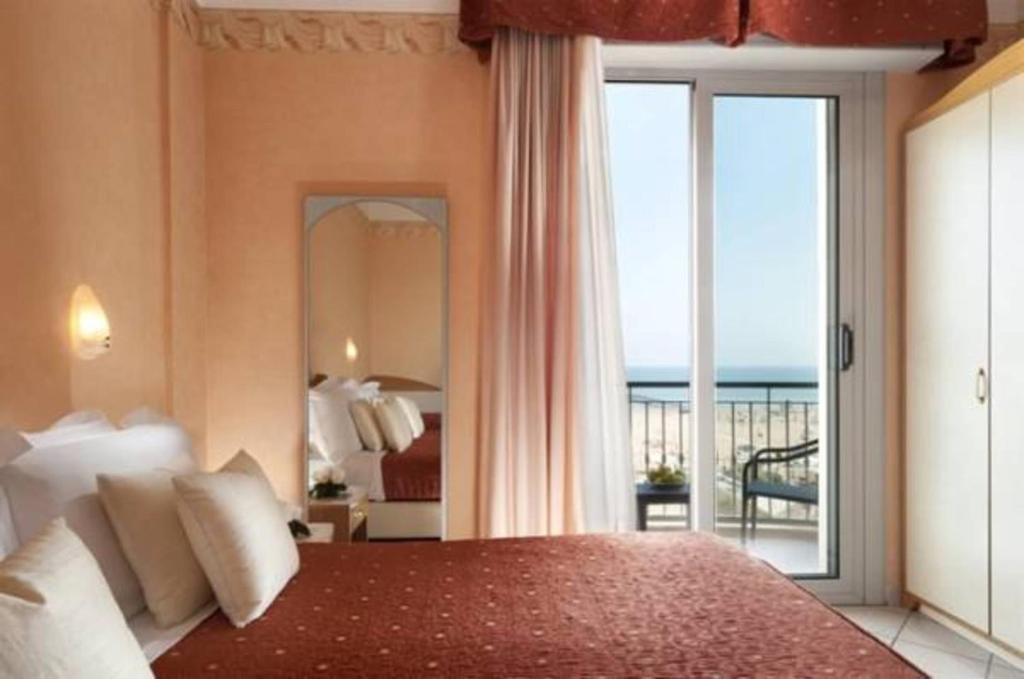 Hotel ambra rimini recensioni