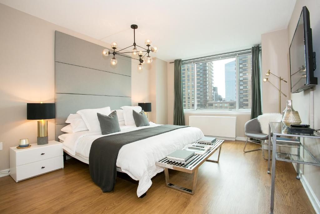 Three bedroom apartment with city view lincoln center - 3 bedroom apartments in new york city ...