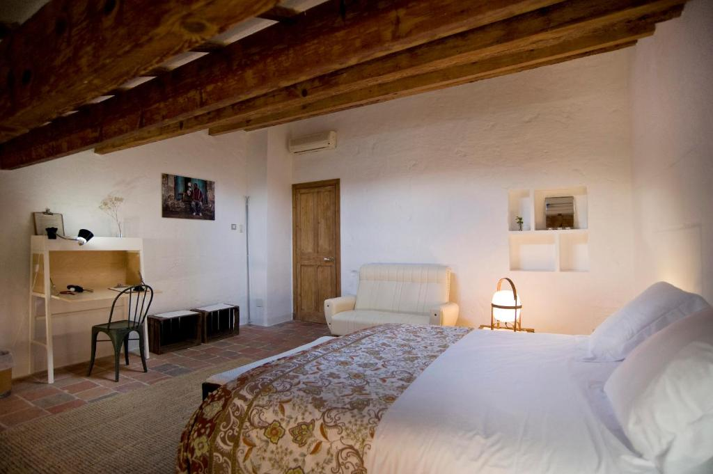 boutique hotels mahon  66