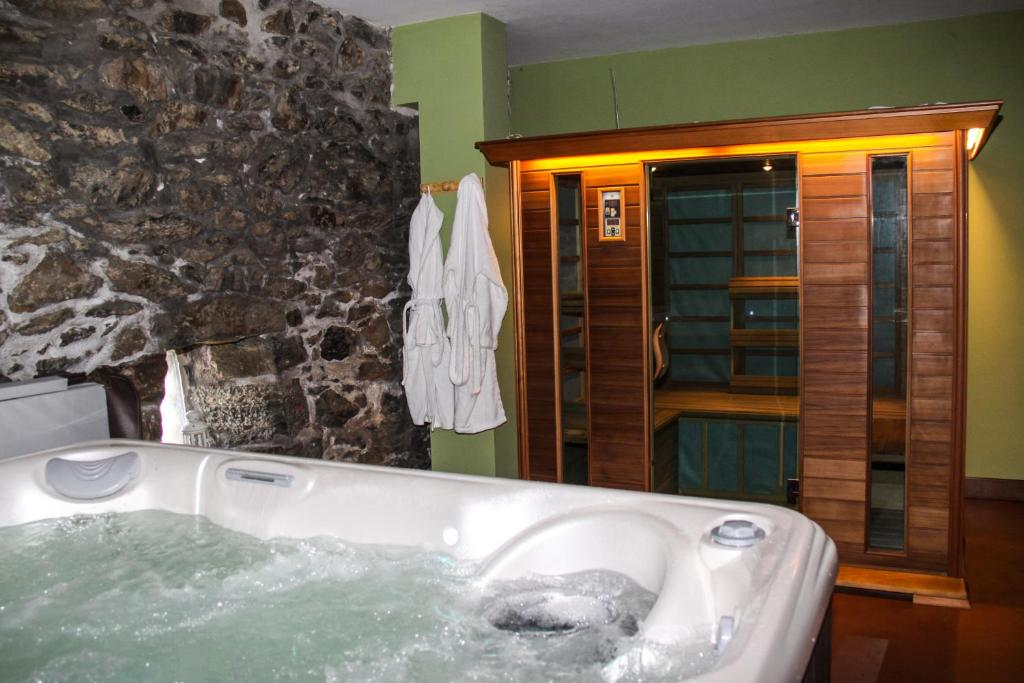 boutique hotels igantzi  58