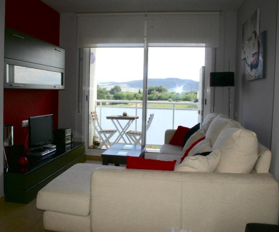 Apartments In Masdenverge Catalonia