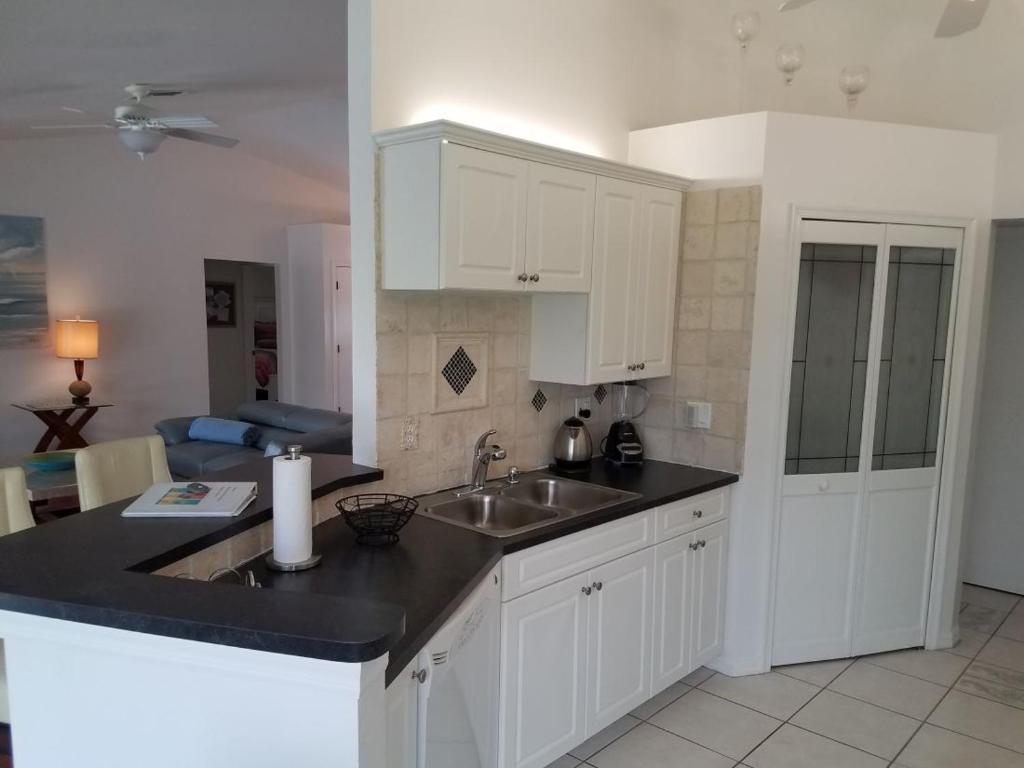 Villa Kyra (USA Cape Coral) - Booking.com